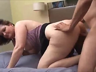 Hot mature lady enjoying anal on real homemade hookup